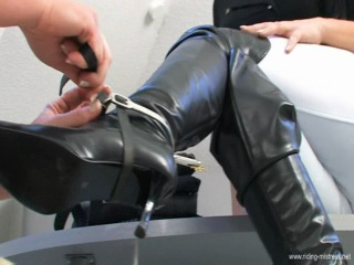 Female ride her ponygirl 1